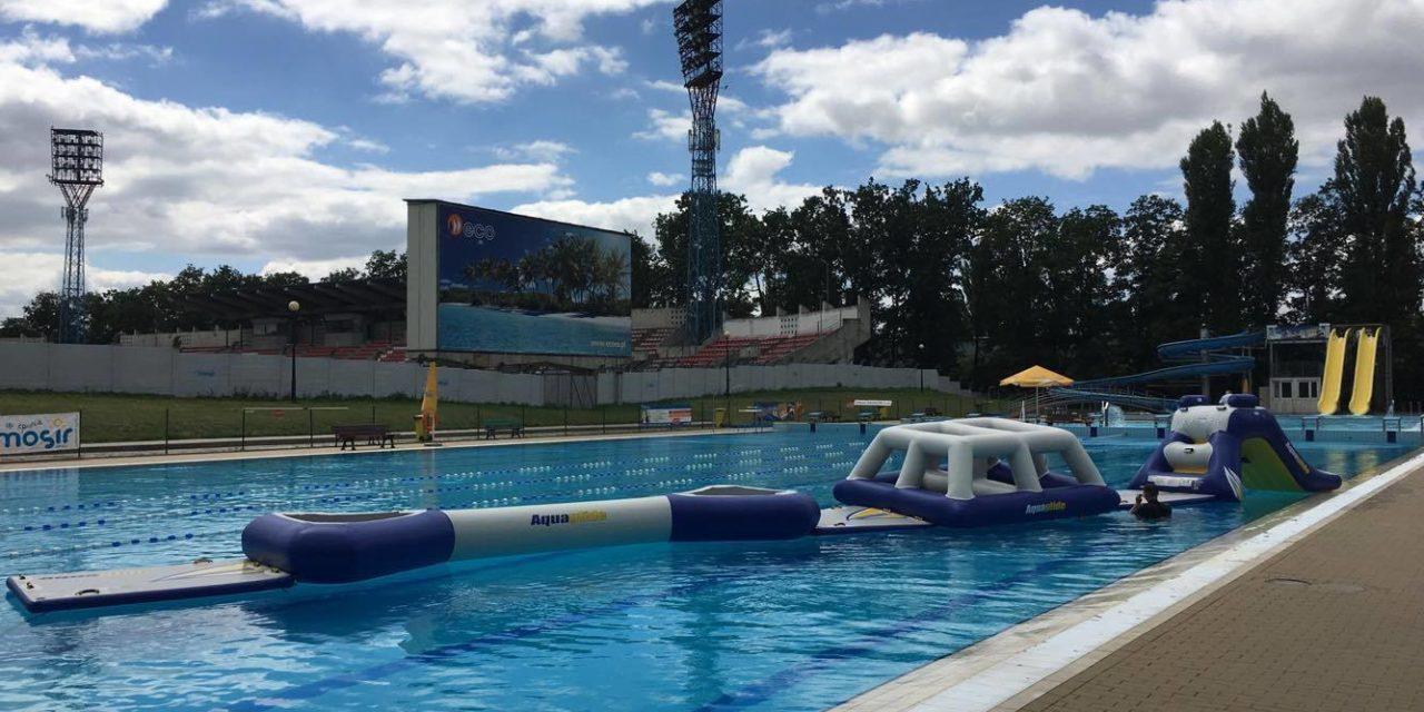 Wakacje na Basenie Letnim Błękitna Fala przedłużone